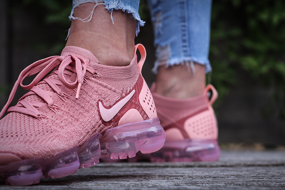 Nike Wmns Air VaporMax Flyknit 2 Rust Pink