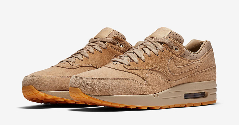 Nike Air Max 1 W schoens beige gold orange