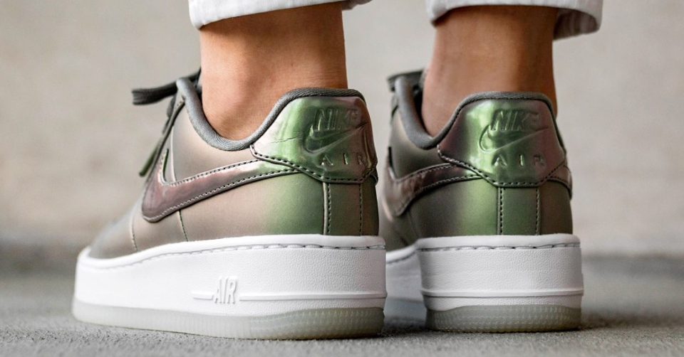 Nike Air Force 1 Upstep Premium LX Achterkant