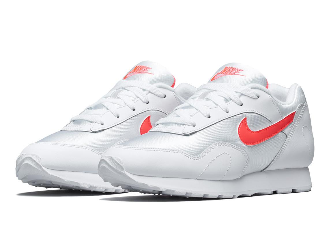Nike brengt de Outburst Running sneaker terug! | Sneakerjagers