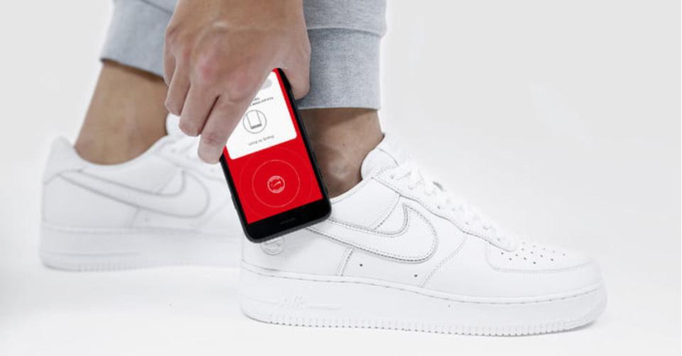 Eerste beelden van de NikeConnect Air Force 1!   Sneakerjagers