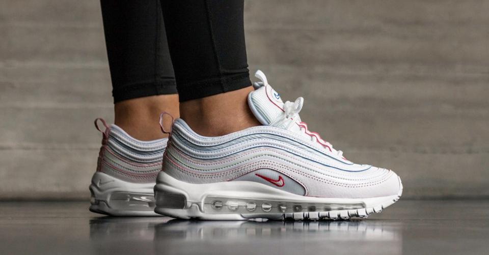 UPDATE | Nu verkrijgbaar: Het Nike 'All White Rainbow' pack