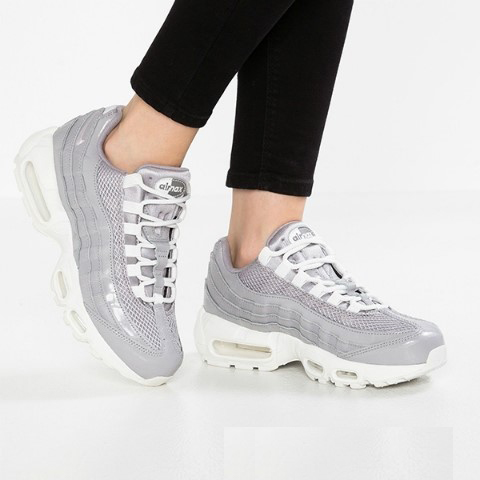 Nike Air Max 95 LX Women AA1103 003 GunsmokeAtmosphere Grey