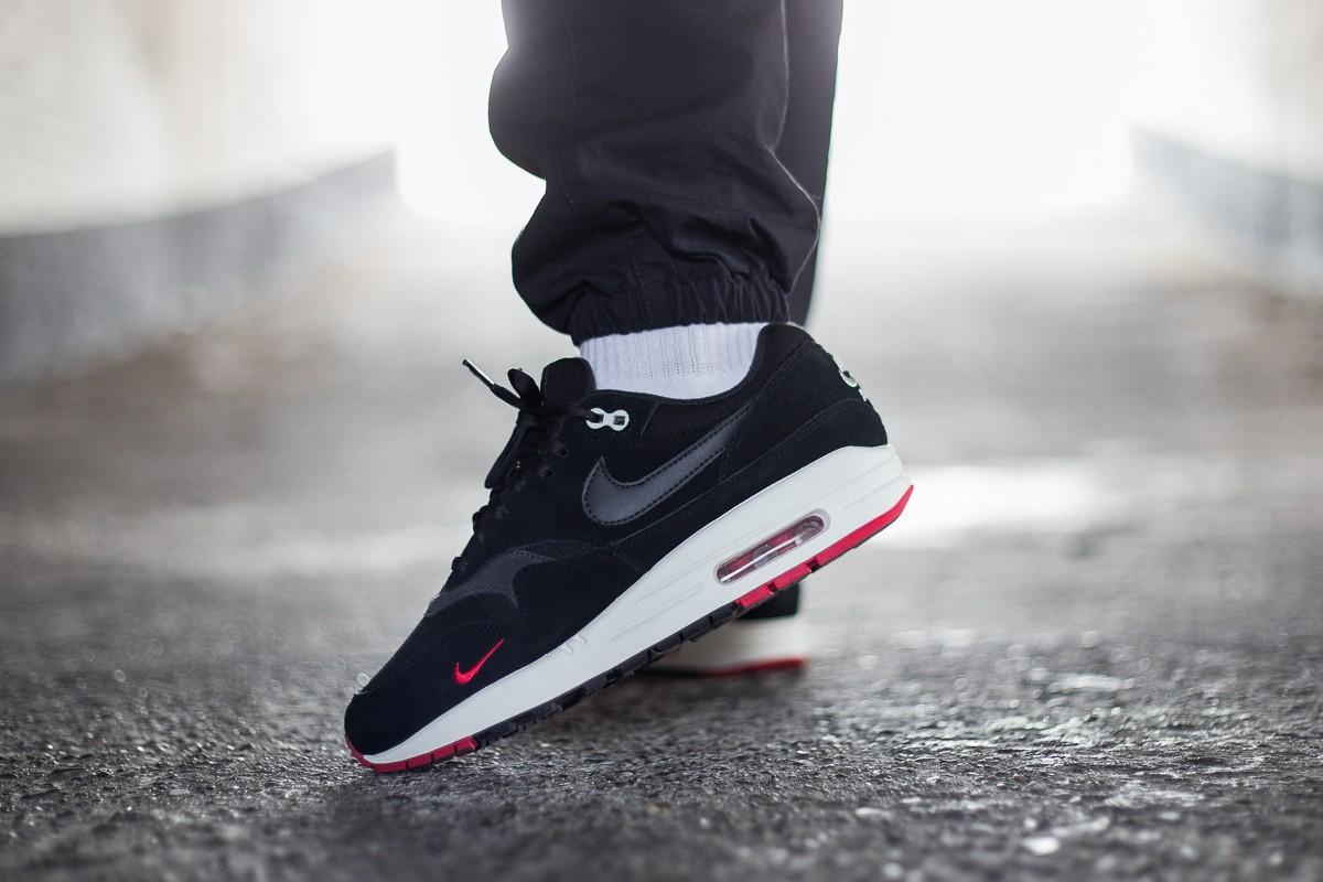 Nike Air Max 1 Premium Black Oil Grey University Red