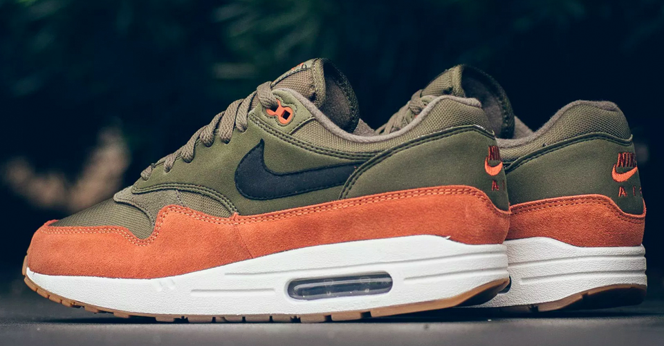 De Nike Air Max 1 'Olive Canvas' is een absolute musthave