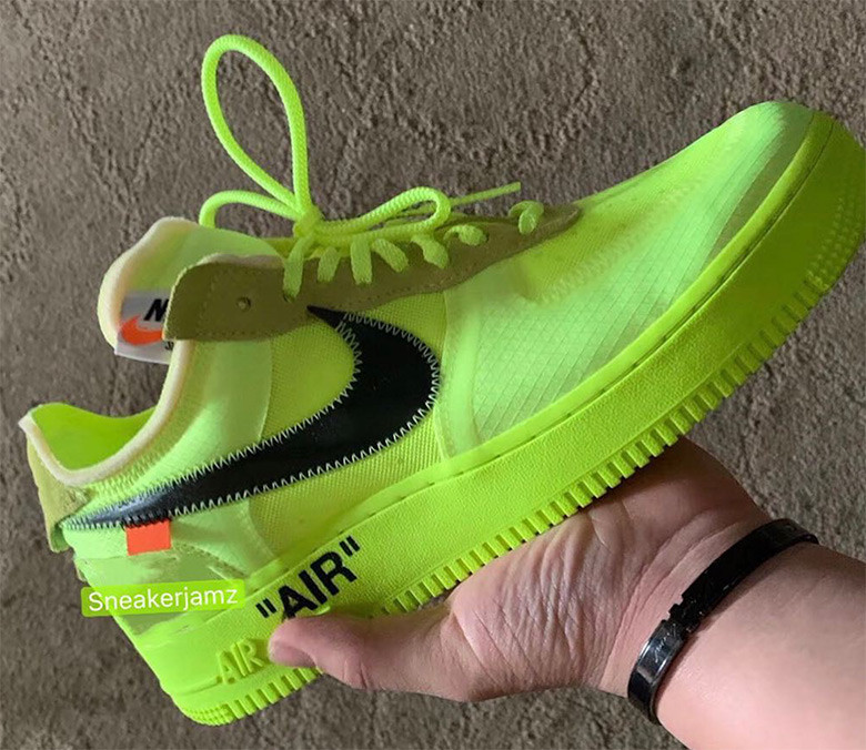 Nike x Off-White Air Force 1 volt