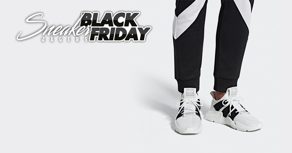 10 Early Black Friday sneakers bij Caliroots | Sneakerjagers