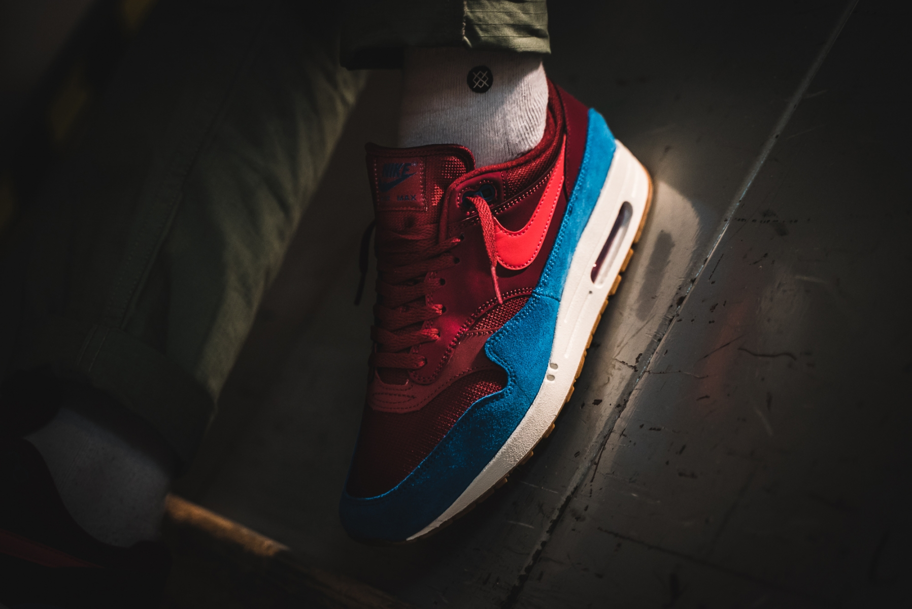 Nike Air Max 1 'Team Red/Green Abyss'