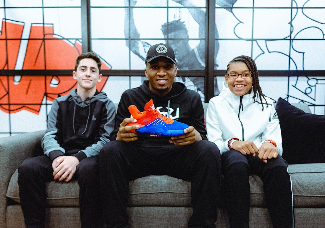 Donovan Mitchell krijgt zijn eigen 'Signature Sneaker