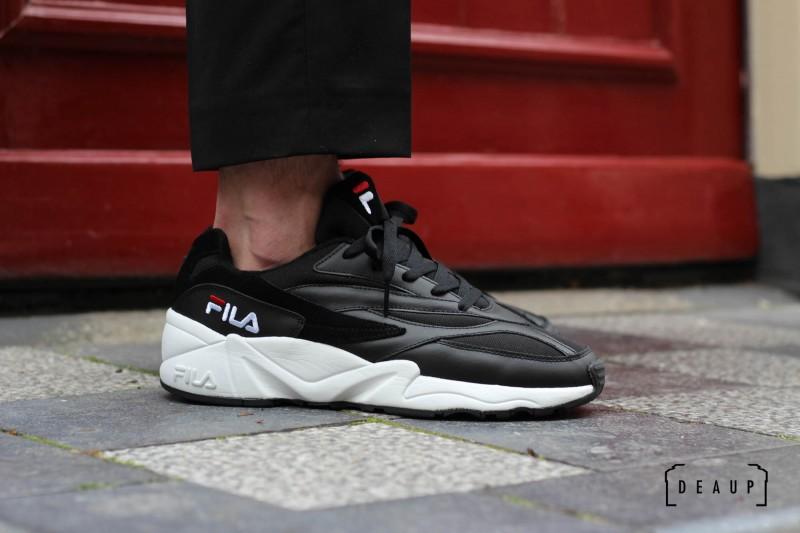 FILA VENOM LOW 'BLACK / WHITE'
