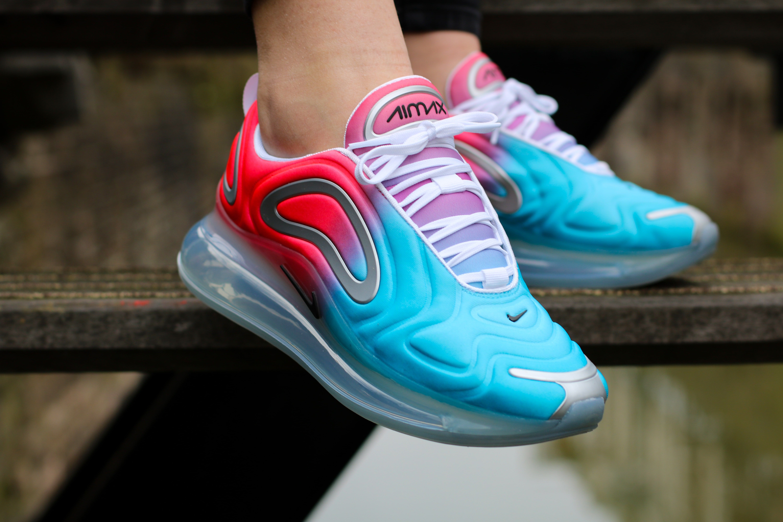 Nike Air Max 720 'Pink Sea'