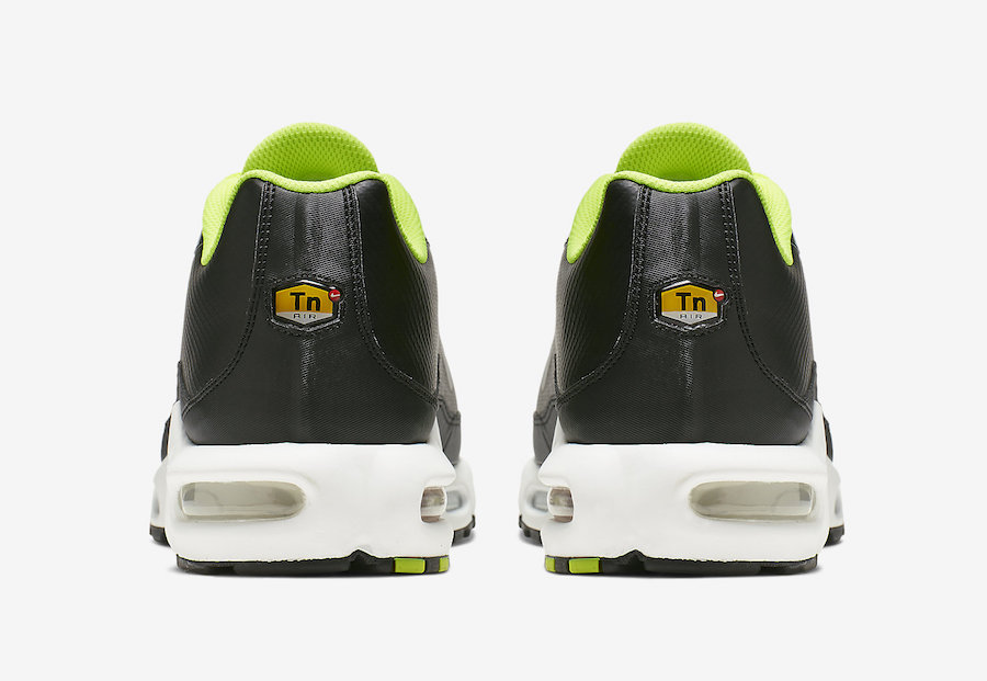 CI7701-700 Nike Air Max Plus