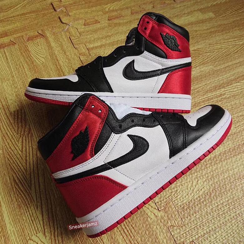 Air Jordan 1 'Black Toe' Satin CD0461-016