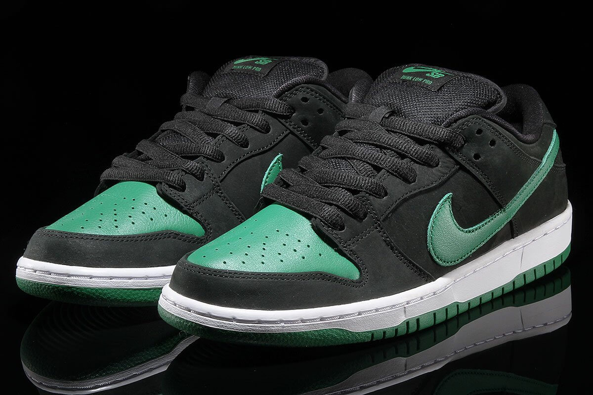 Dunk Low Pine Green Front