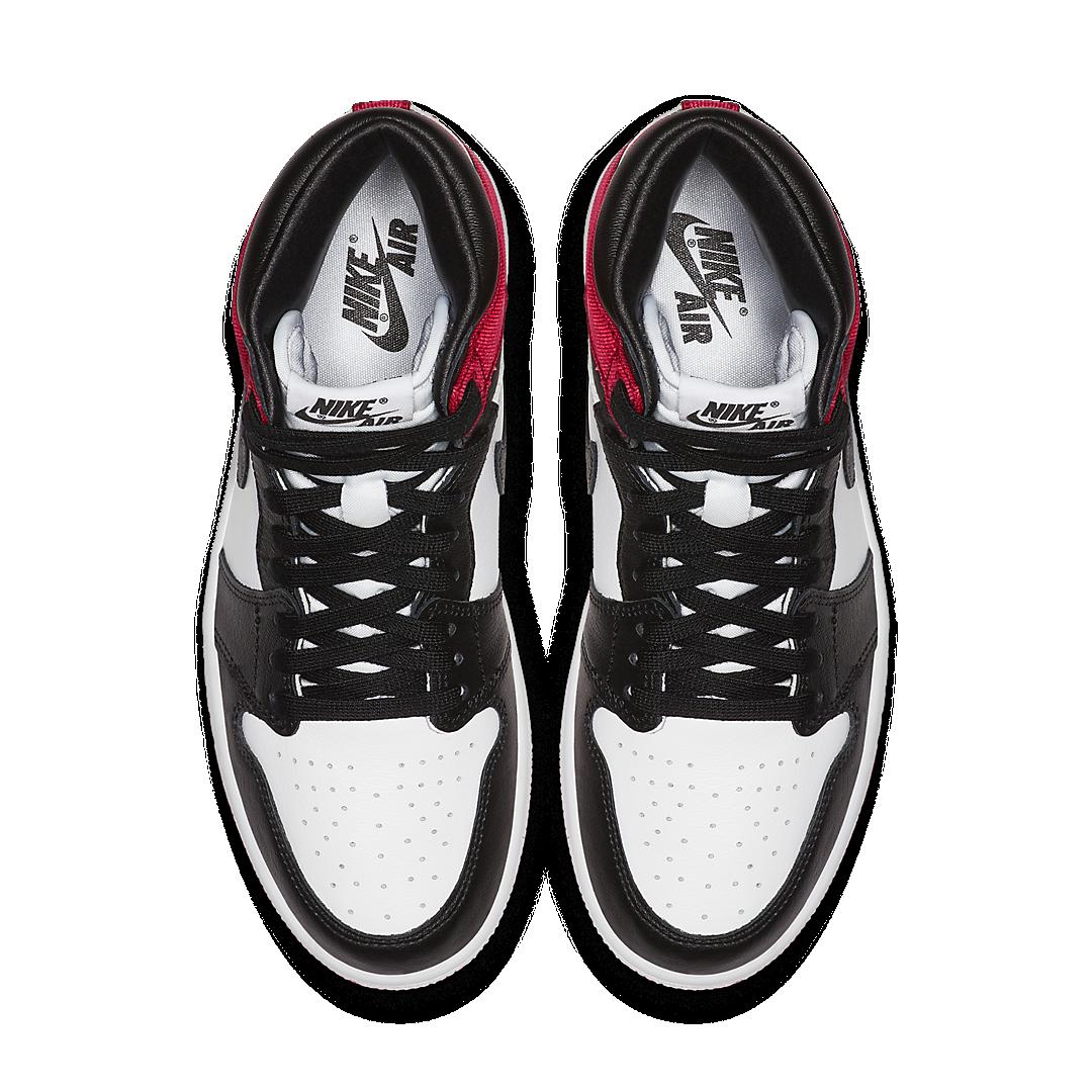 Air Jordan 1 Satin 'Black Toe'