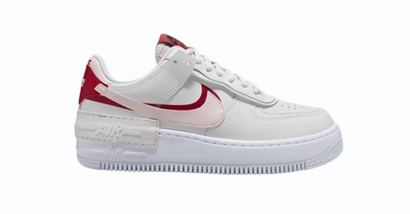 Nike komt met drie nog nooit getoonde double- layered ...
