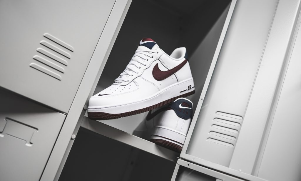 Nike Air Force 1 '07 Lv8 4
