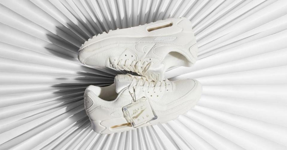 Val op met de Nike Adapt BB 'Multicolor' | Sneakerjagers