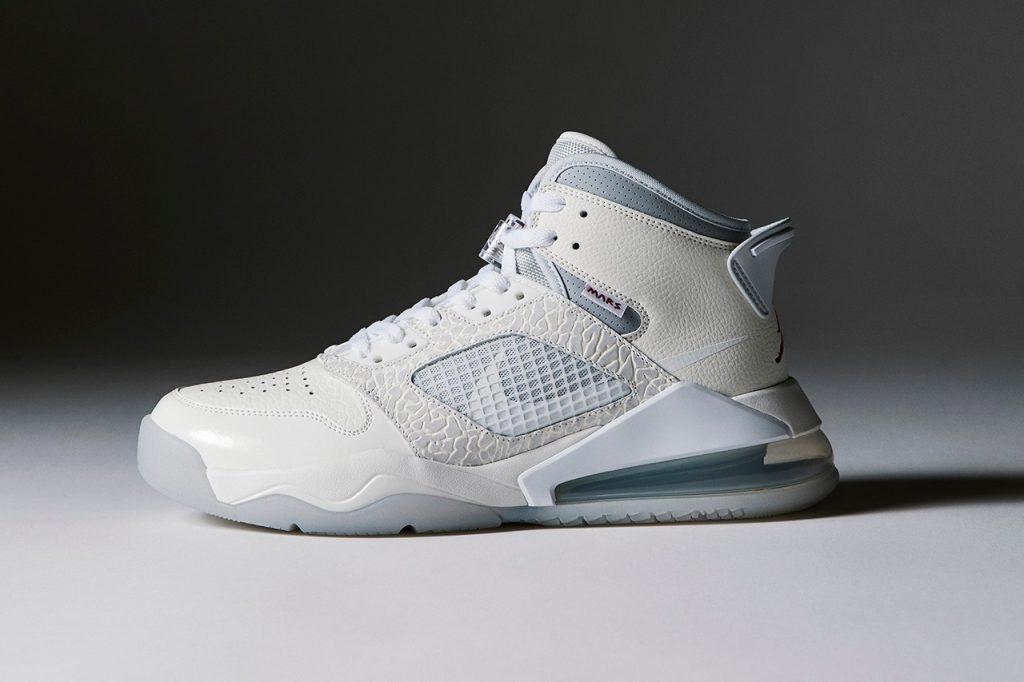 Sneakersnstuff x Nike Proto-Max 720