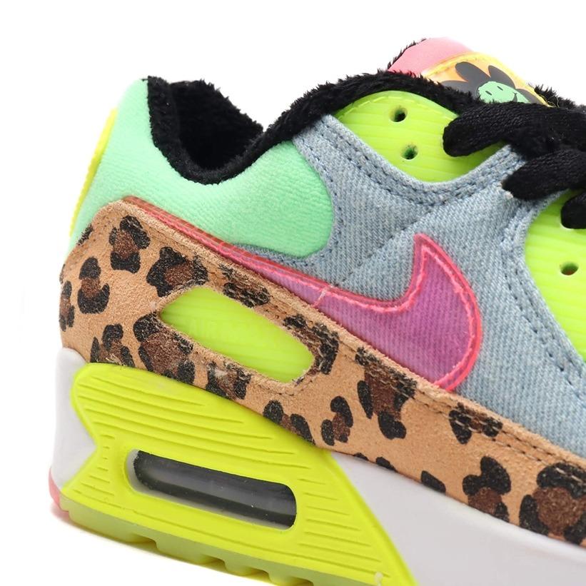 Er zijn twee kleurrijke colorways onderweg op het Nike WMNS