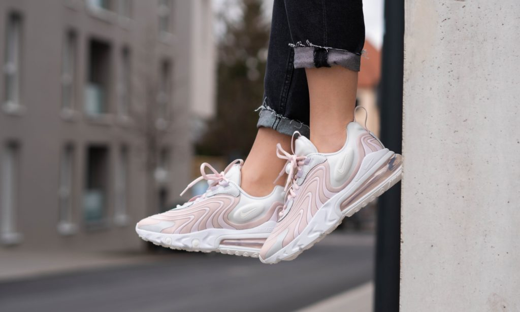 React ENG 'Pink/White'