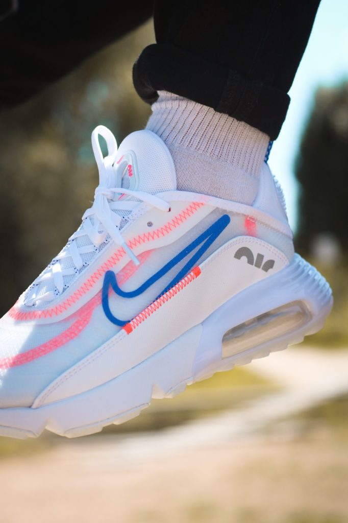 Nike Air Max 2090 'Racer Blue'