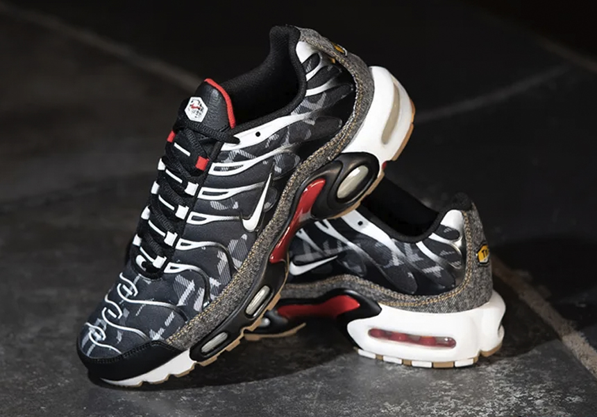 Nike x Foot Locker AM Plus