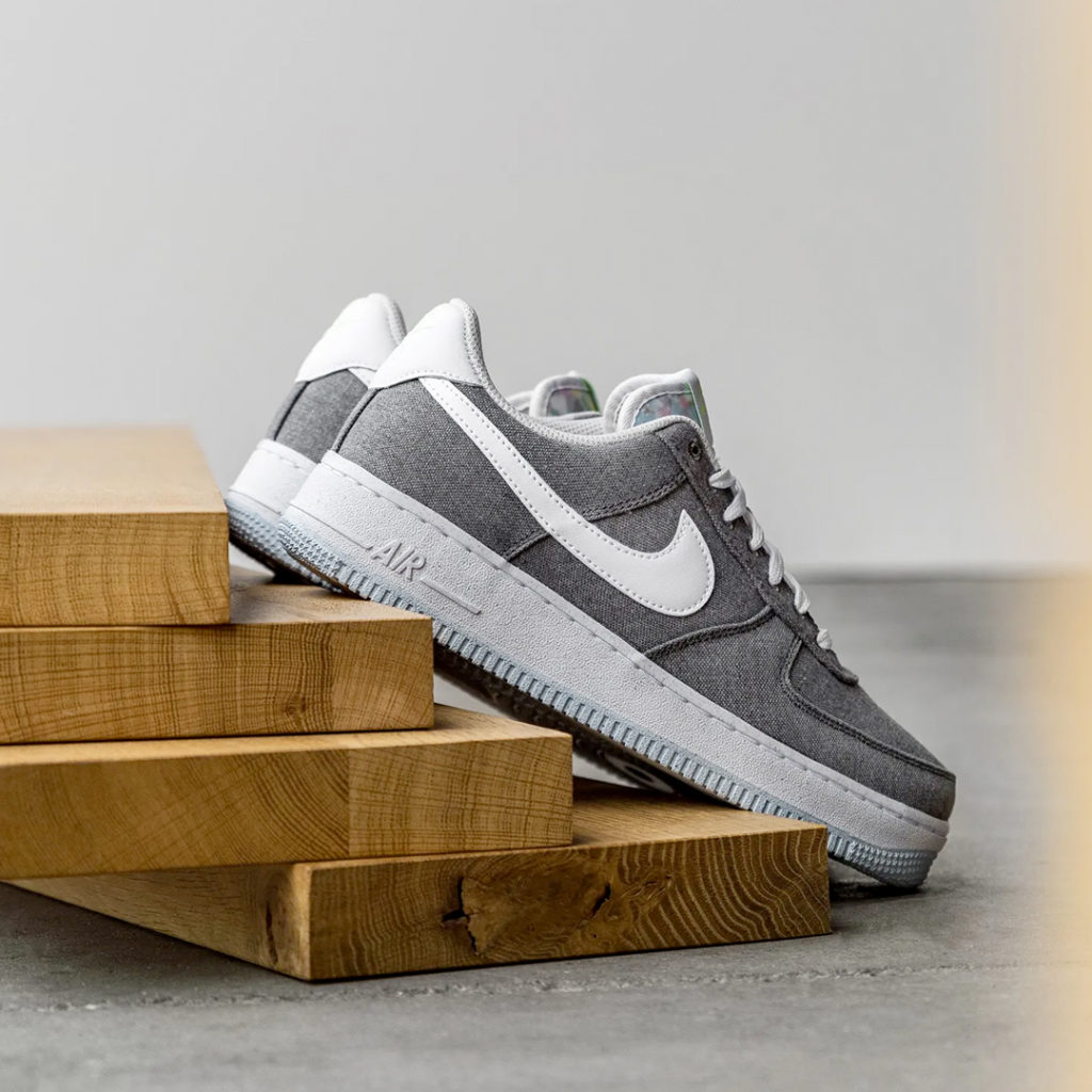 Nike Recycled Canvas pack