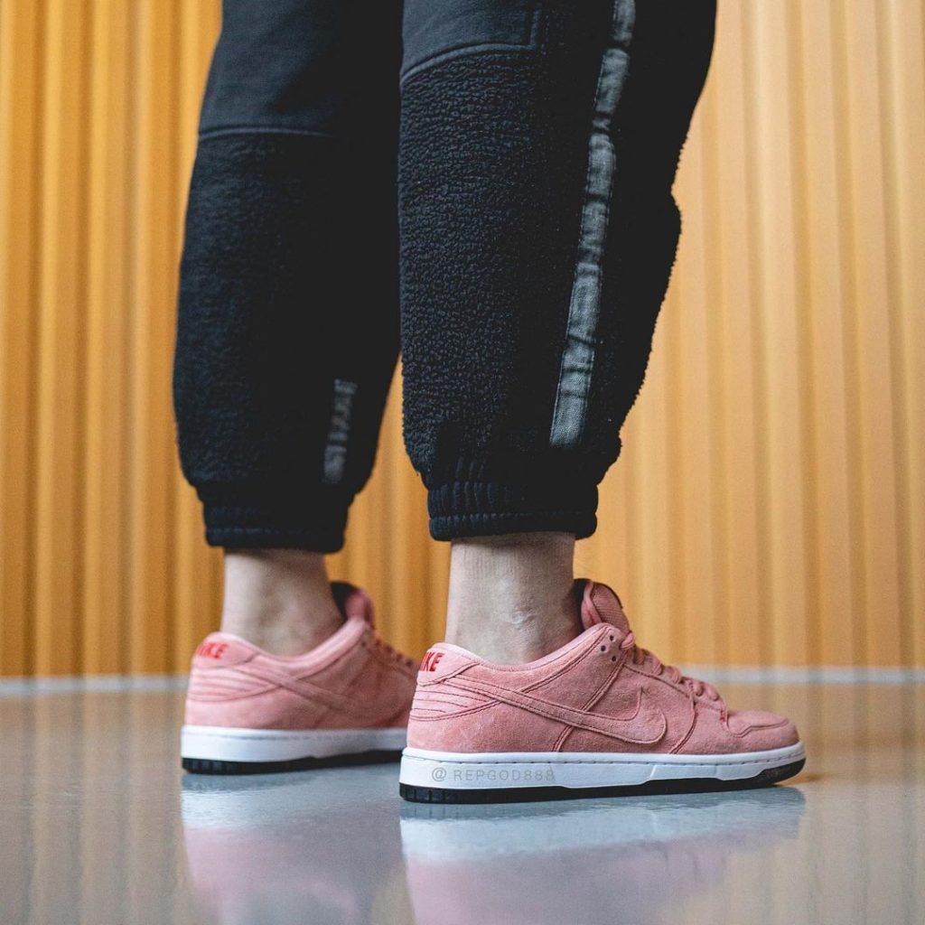 Dunk Low Pink Pig
