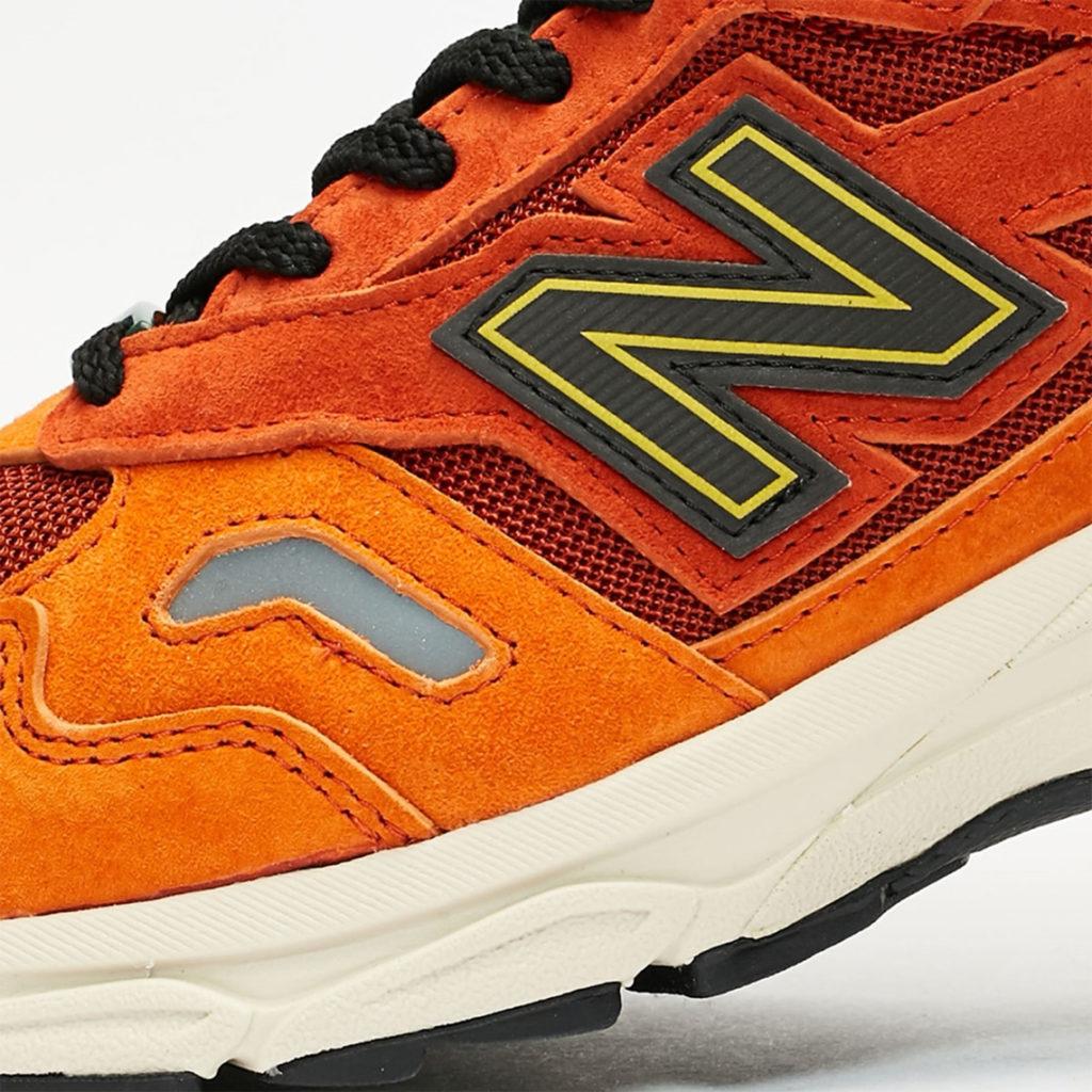 Sneakersnstuff New Balance 920