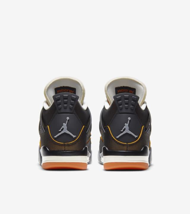 Air Jordan 4 WMNS SE 'Starfish'