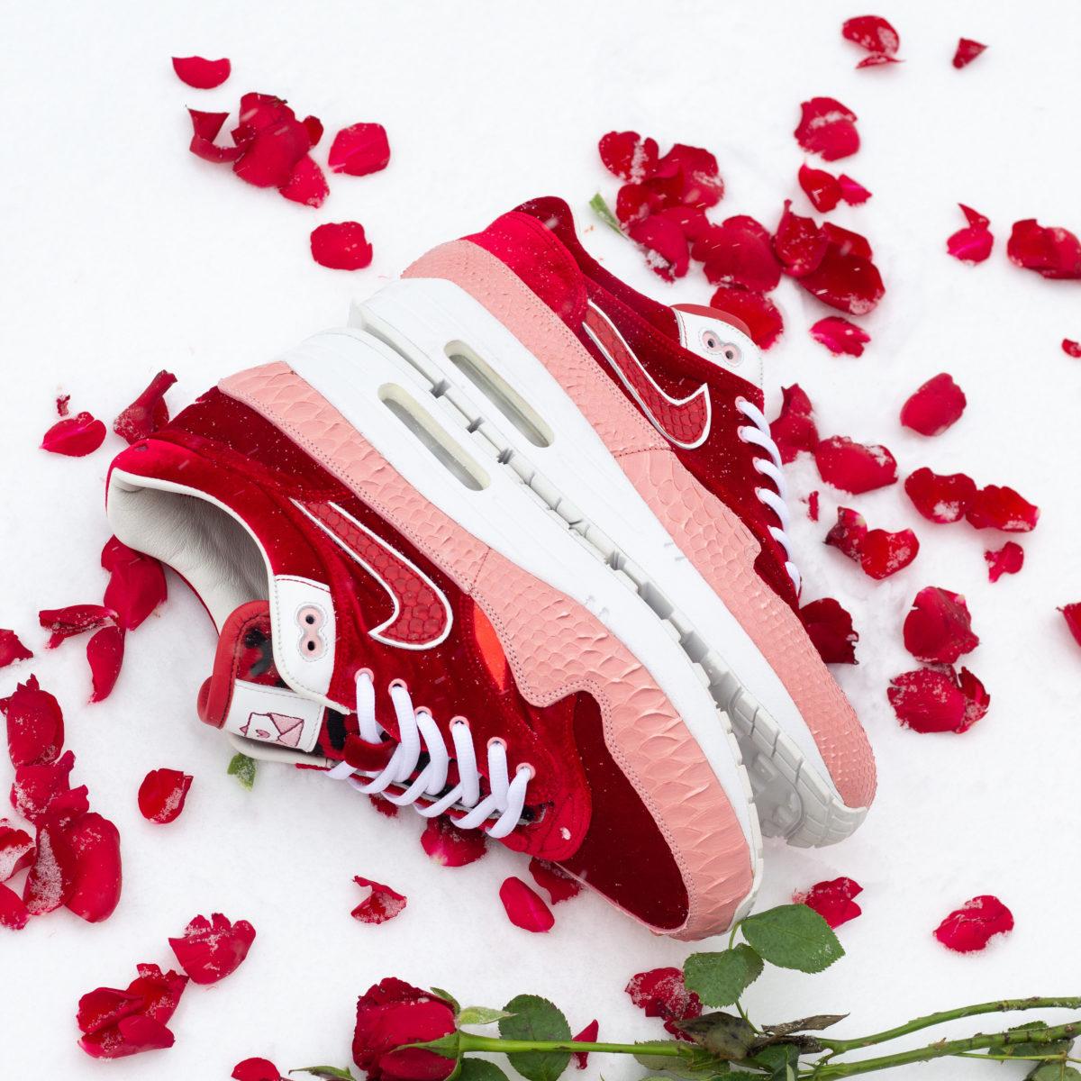 Vijz Bespokes Customized Sneakers