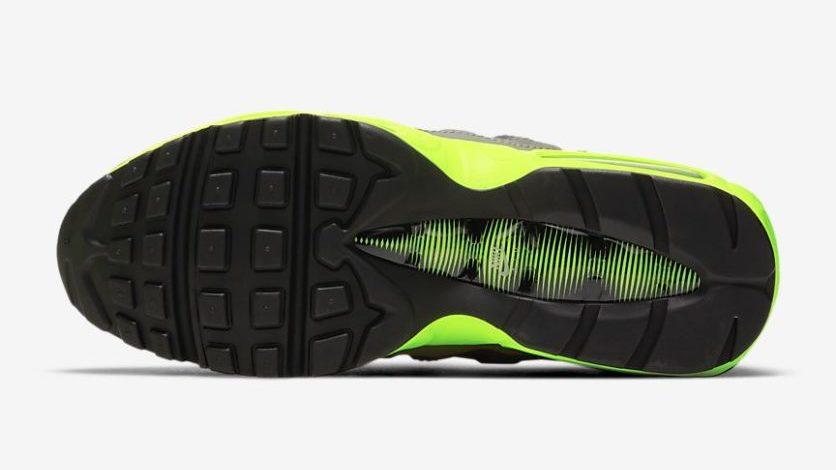 Nike Air Max 95 'Kiss my Airs'   DJ4627-001