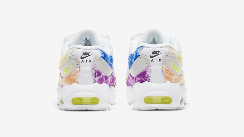 Nike Air Max 95 'Tie Dye'   DJ4596