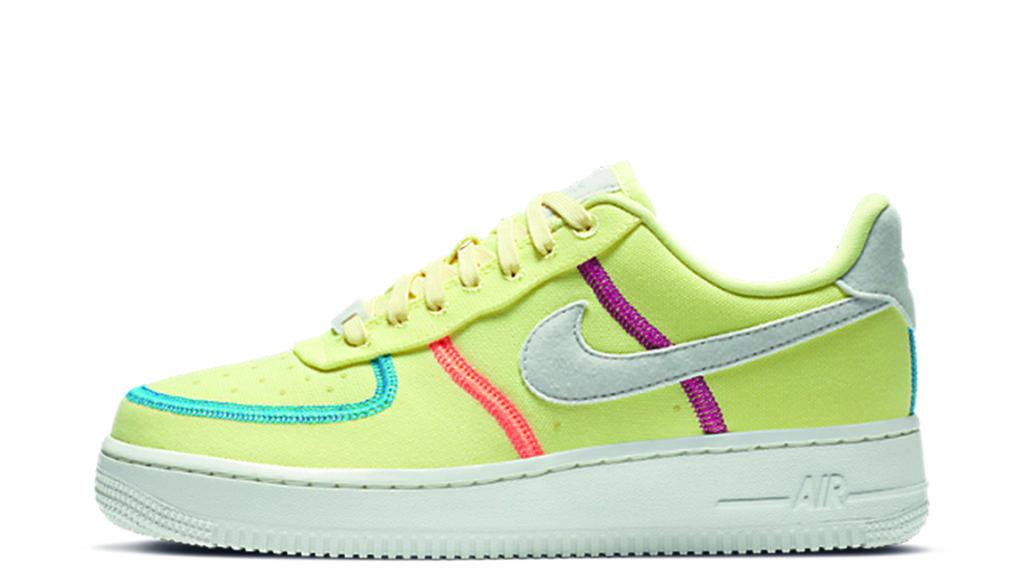 Happy sneaker days