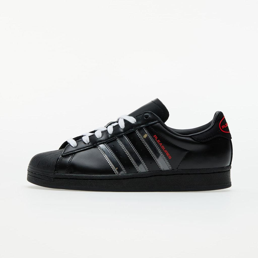 extra korting footshop PLEASURES x adidas Superstar 'Black'   GY5691