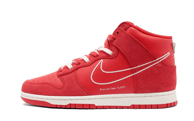 Nike Dunk High 'First Use' - Red