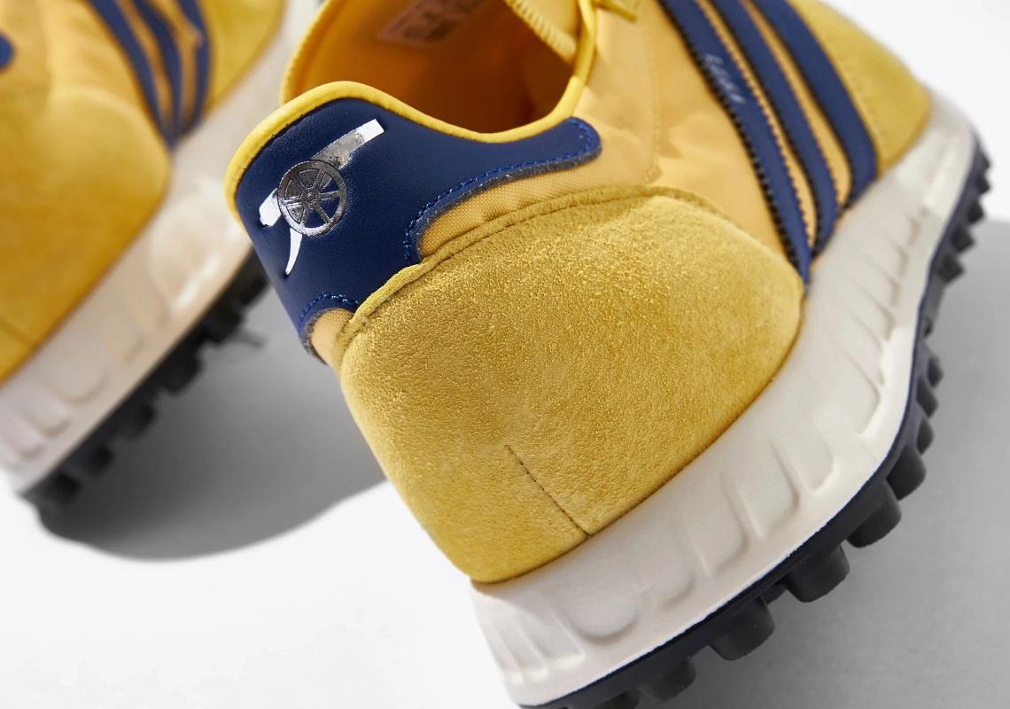 Arsenal-1971-adidas-TRX-Runner-H01801-5