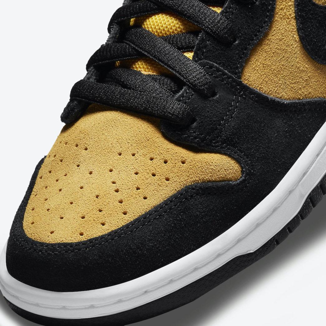 Nike-SB-Dunk-High-Reverse-Iowa-DB1640-001-Release-Date-6