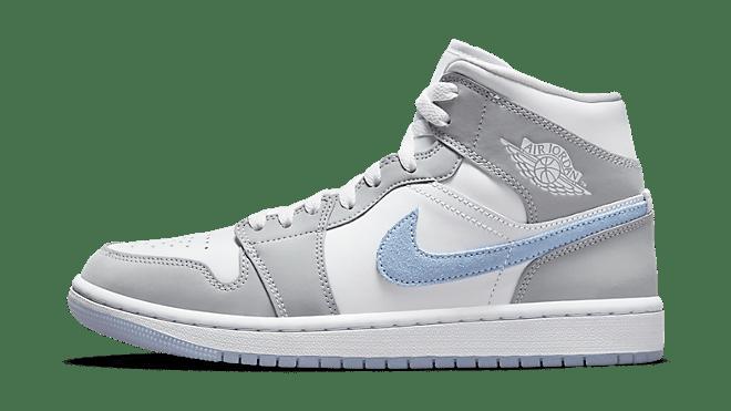 BQ6472-105 uit de Hottest Sneaker Releases