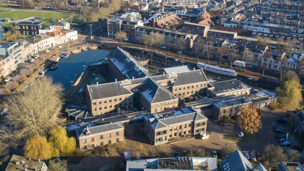 Stadsdorp Wolvenburg – Een lokaal initiatief voor de herbestemming van  gevangenis Wolvenplein