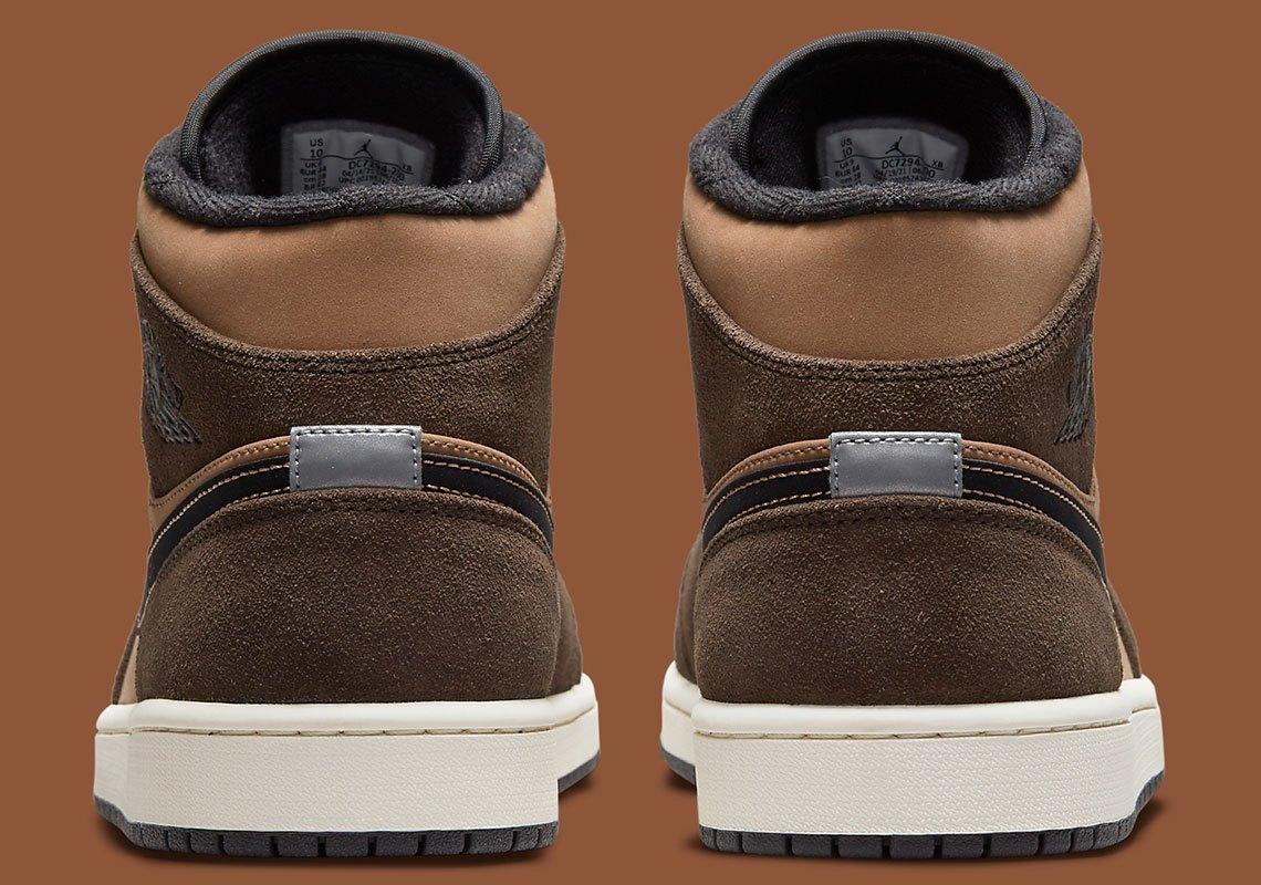 Air Jordan 1 Mid 'Brown'