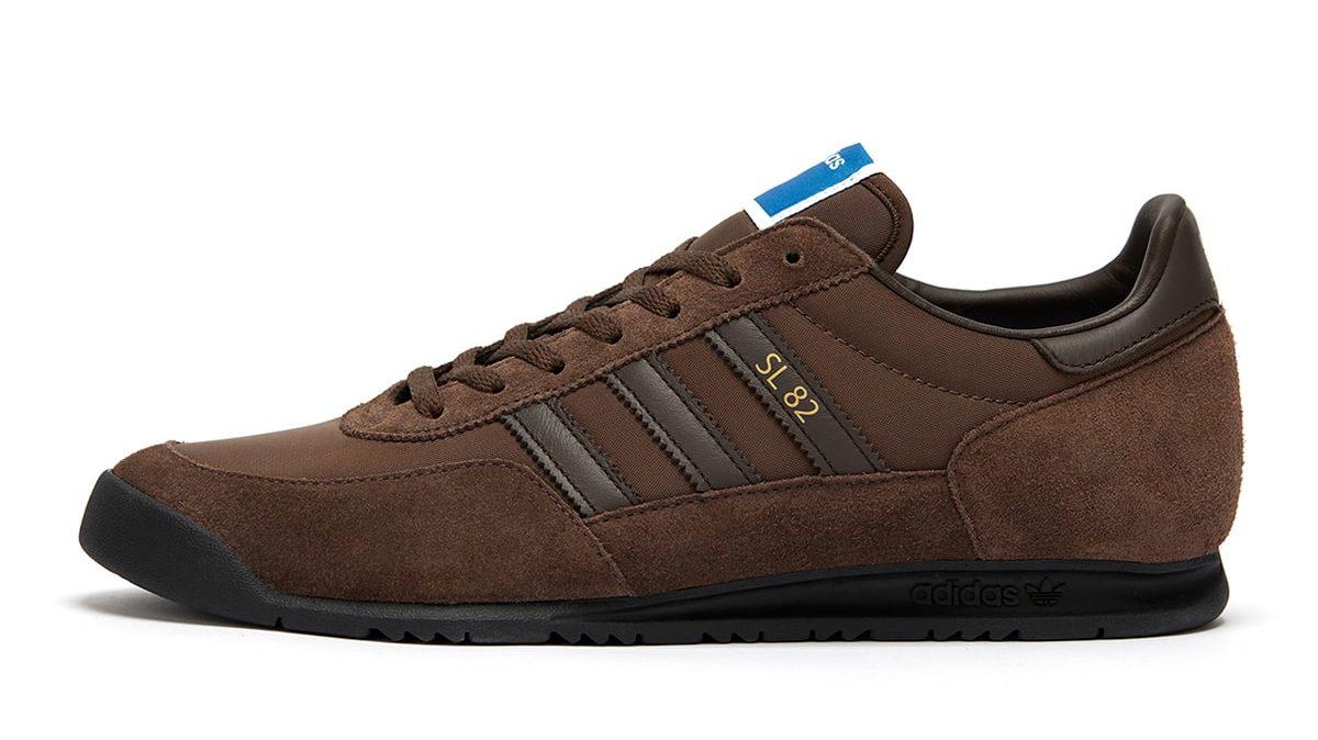 size? x adidas SL 82