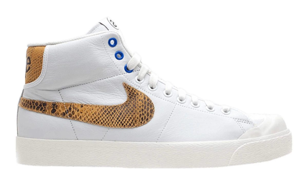Nike All Court Mid