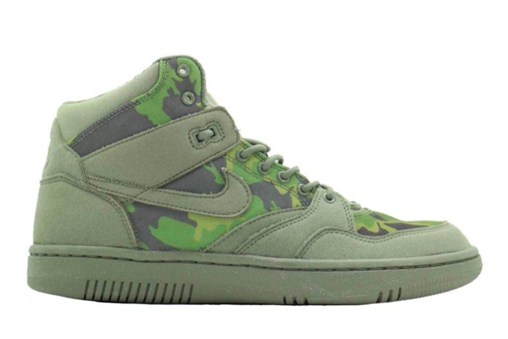 Nike Sky Force 88 Mid x Stüssy