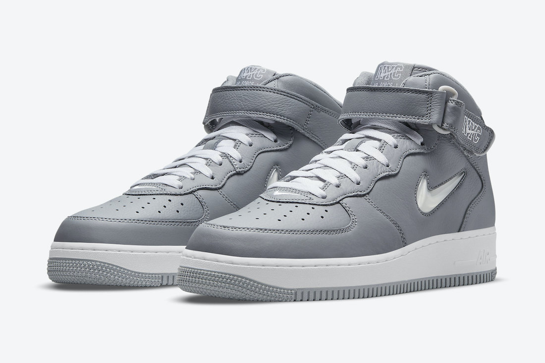 Air Force 1 Mid NYC Pack