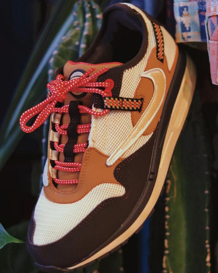 Travis-Scott-Nike-Air-Max-1-Baroque-Brown-5