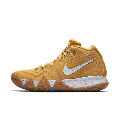 Nike Kyrie 4 CTC productafbeelding