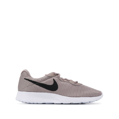 Nike Tanjun low-top productafbeelding