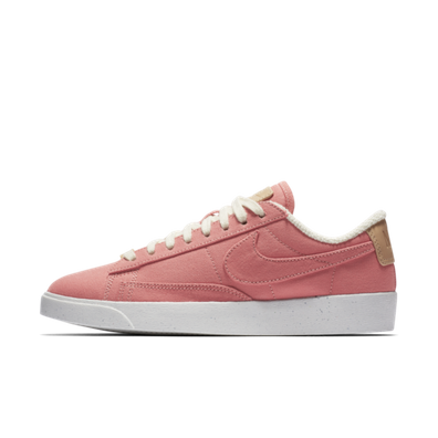 Nike Blazer Low LX Plant Color 'Red Stardust' productafbeelding